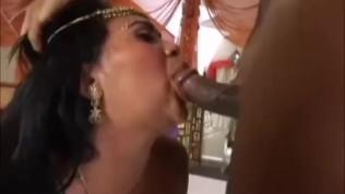 गलफुल्ला भारतीय इसे गधा ले रहा है